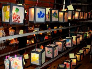 Saint Martin's lanterns - image sourced on Pixapay