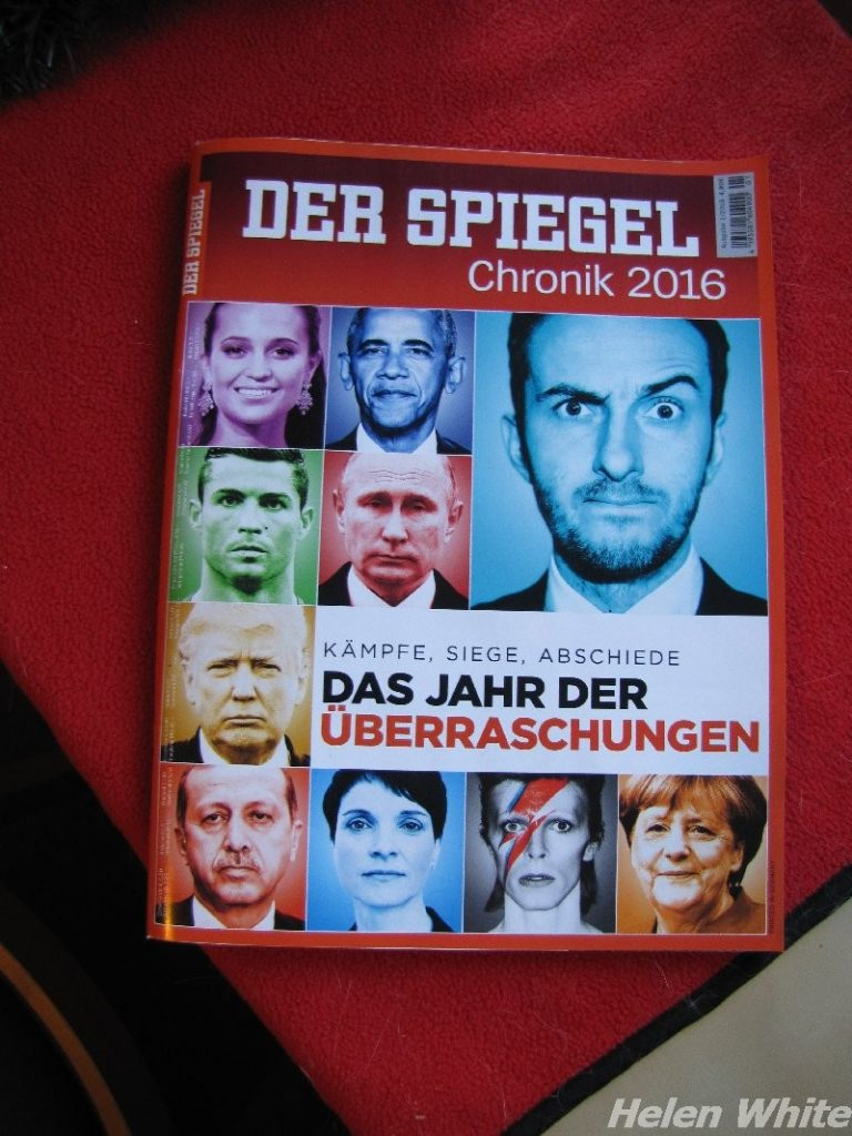 "German news magazine ""Der Spiegel"" with a review of 2016"
